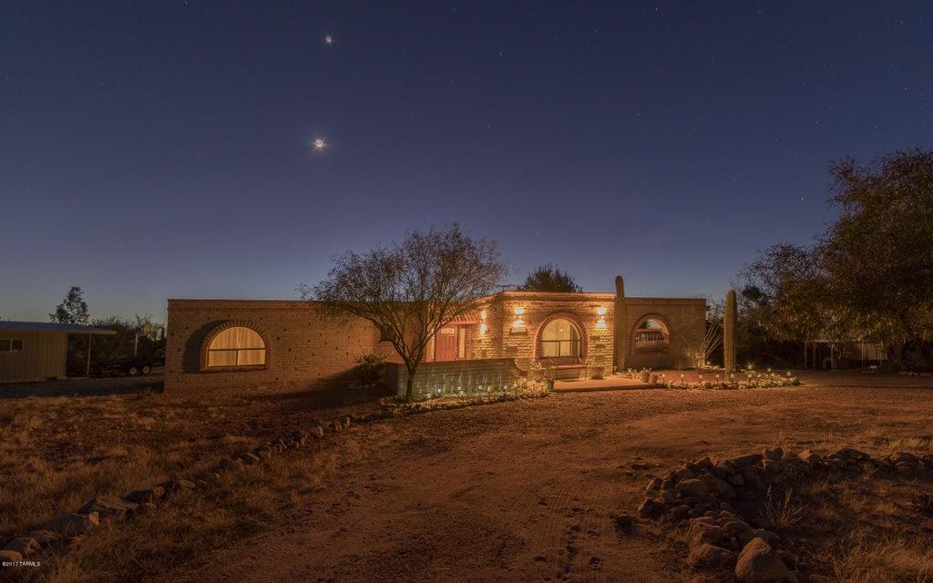 15865 W Killarney Avenue, Tucson, AZ 85736