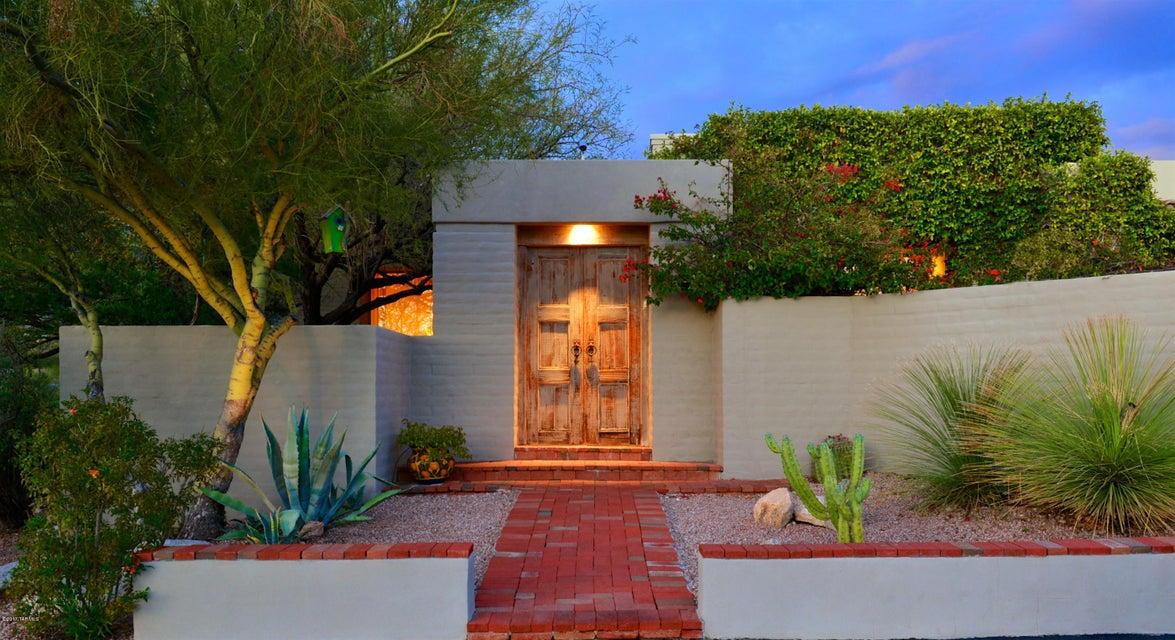 5300 N Hacienda del Sol Road, Tucson, AZ 85718