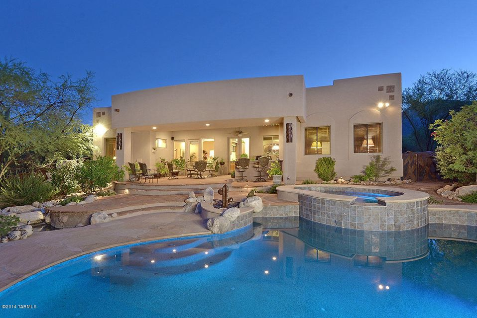 2102 E Quiet Canyon Drive, Tucson, AZ 85718