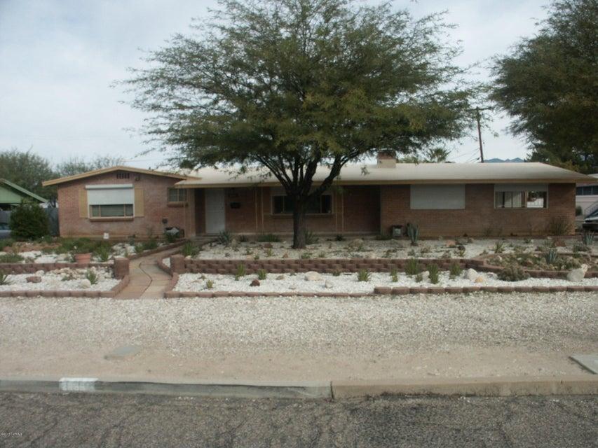 2935 E 8th Street, Tucson, AZ 85716