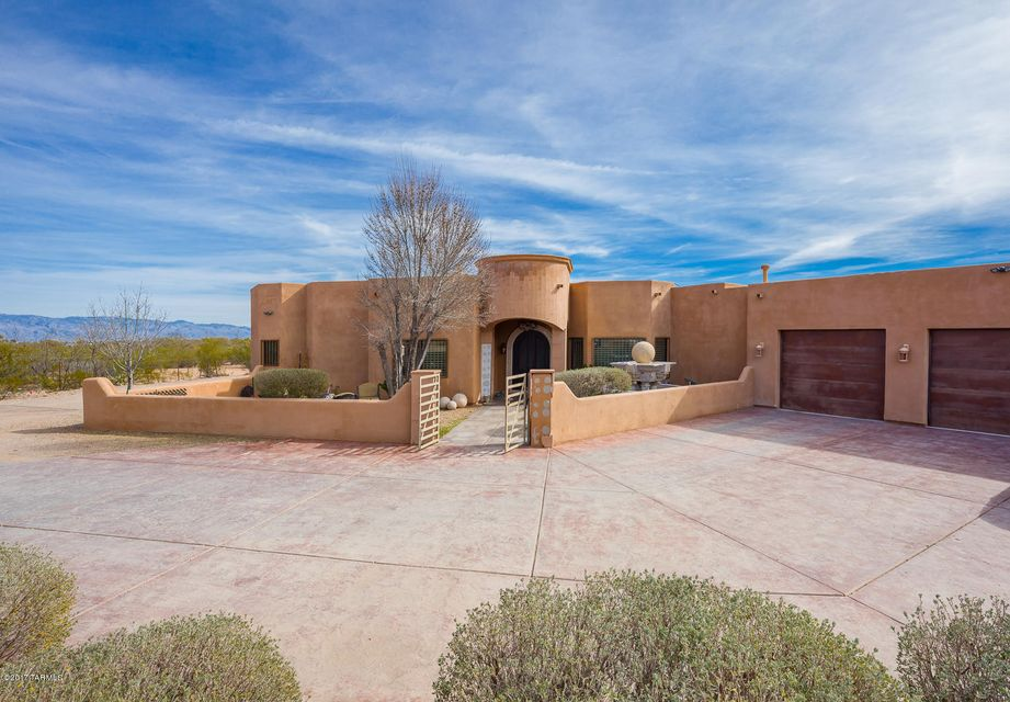 Southwest tucson homes over 1 acre for Southwest home builders