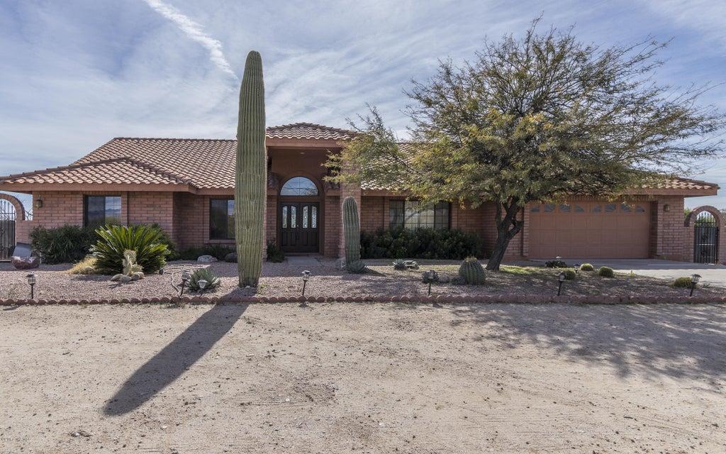 10700 E Escalante Road, Tucson, AZ 85730