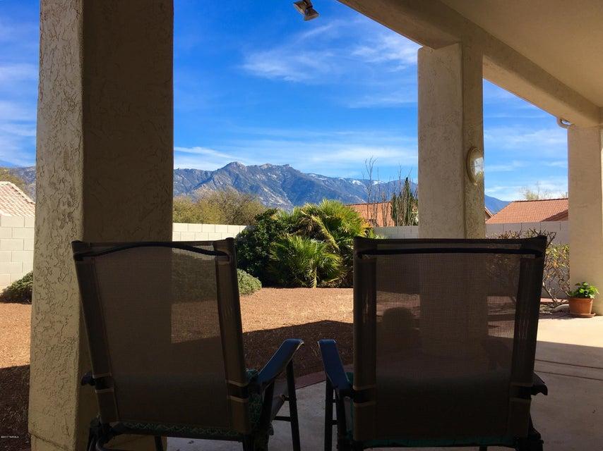 38475 S Viewpoint Court, Tucson, AZ 85739