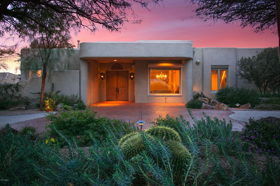 3825 N Mountain Cove Drive, Tucson, AZ 85750