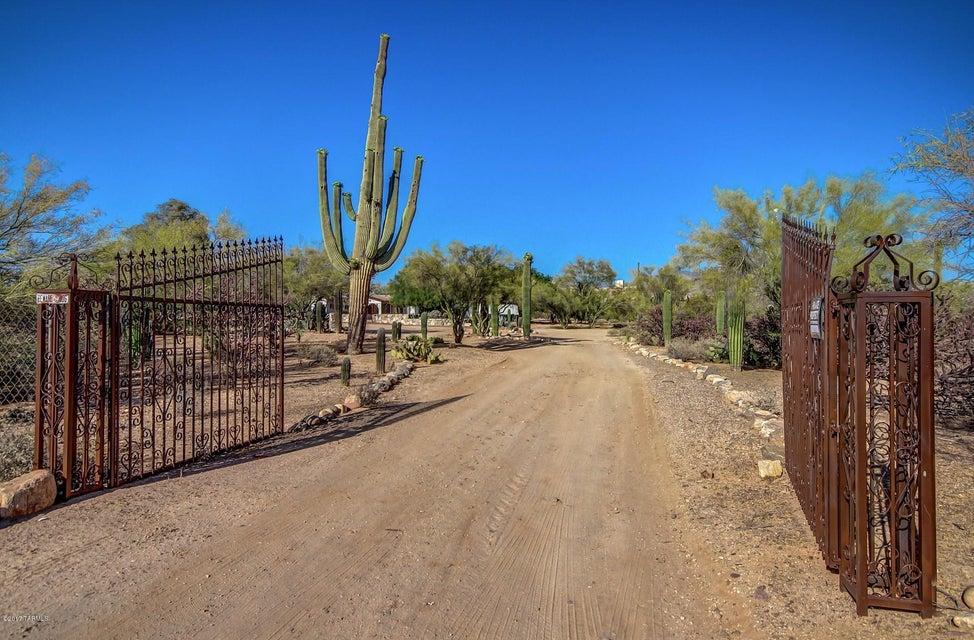 8700 N Burke Drive, Tucson, AZ 85742
