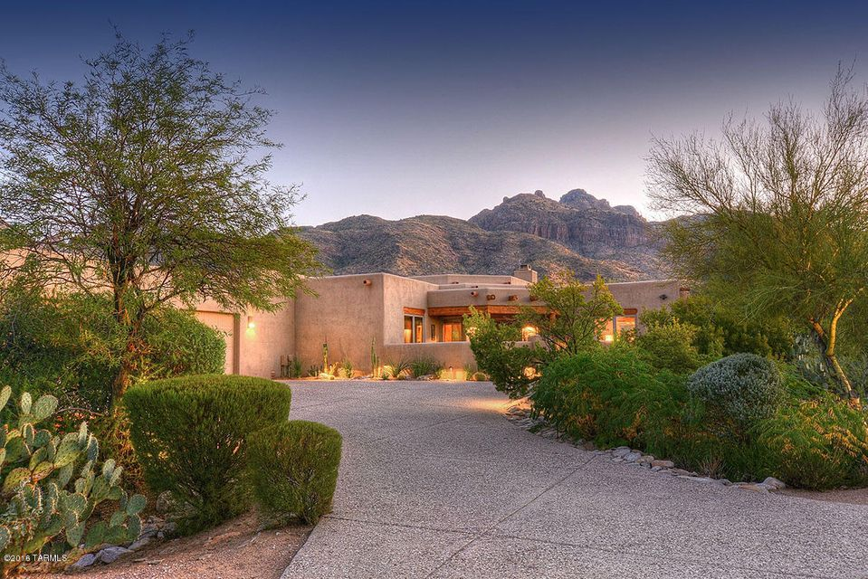 2203 E Quiet Canyon, Tucson, AZ 85718