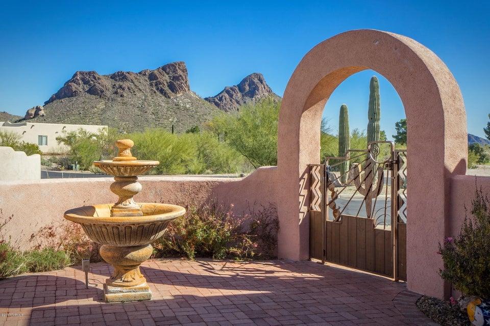 5550 W Open R Place, Tucson, AZ 85713