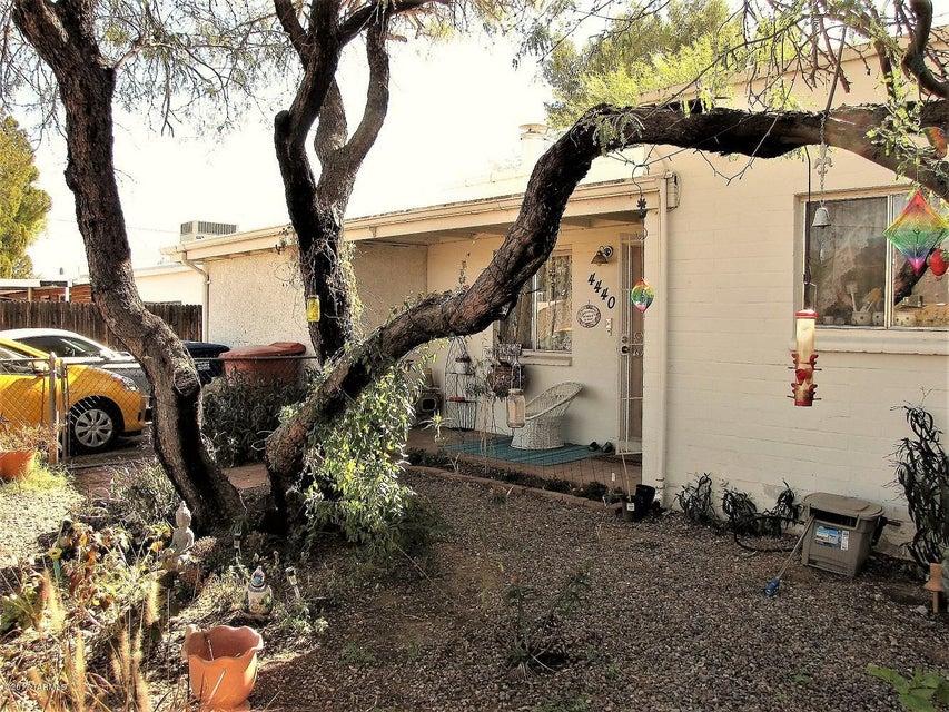 4440 E Seneca Street, Tucson, AZ 85712