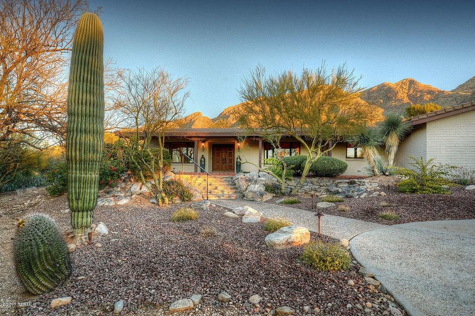6645 N Saint Andrews Drive, Tucson, AZ 85718