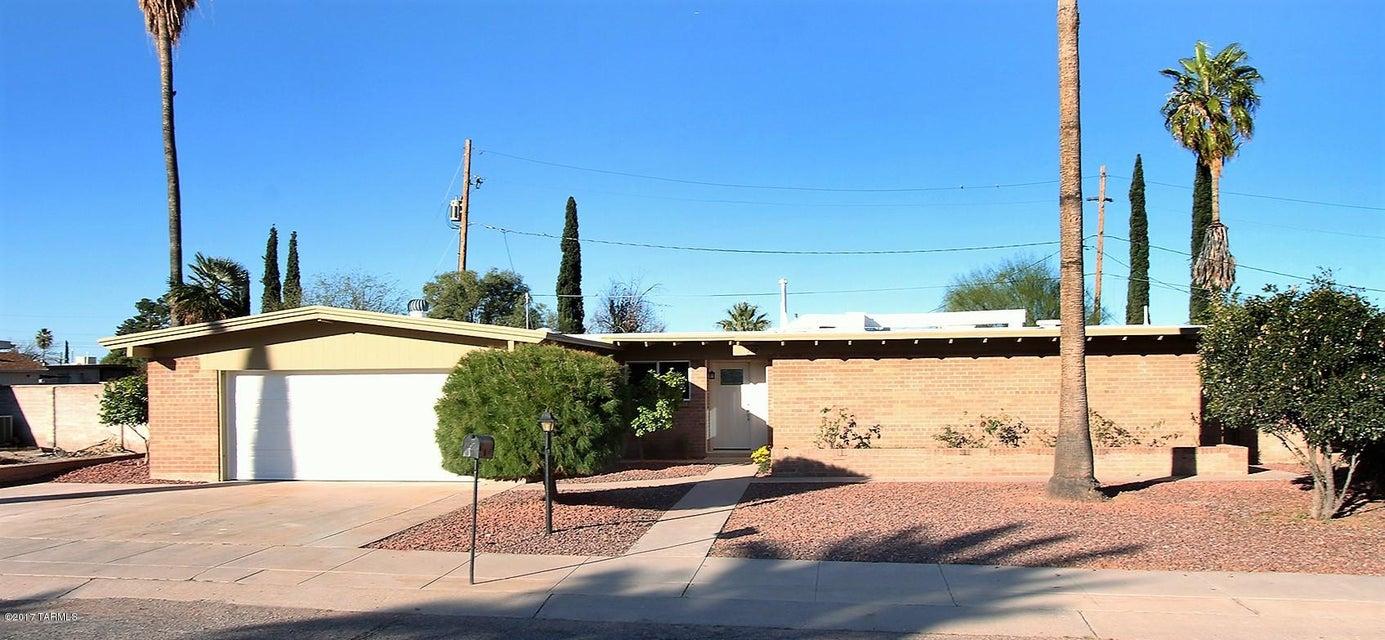 100 S Monitor Place, Tucson, AZ 85710