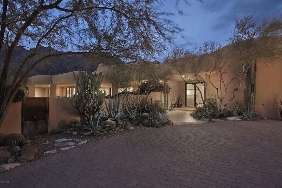 7248 N Cloud Canyon Place, Tucson, AZ 85718
