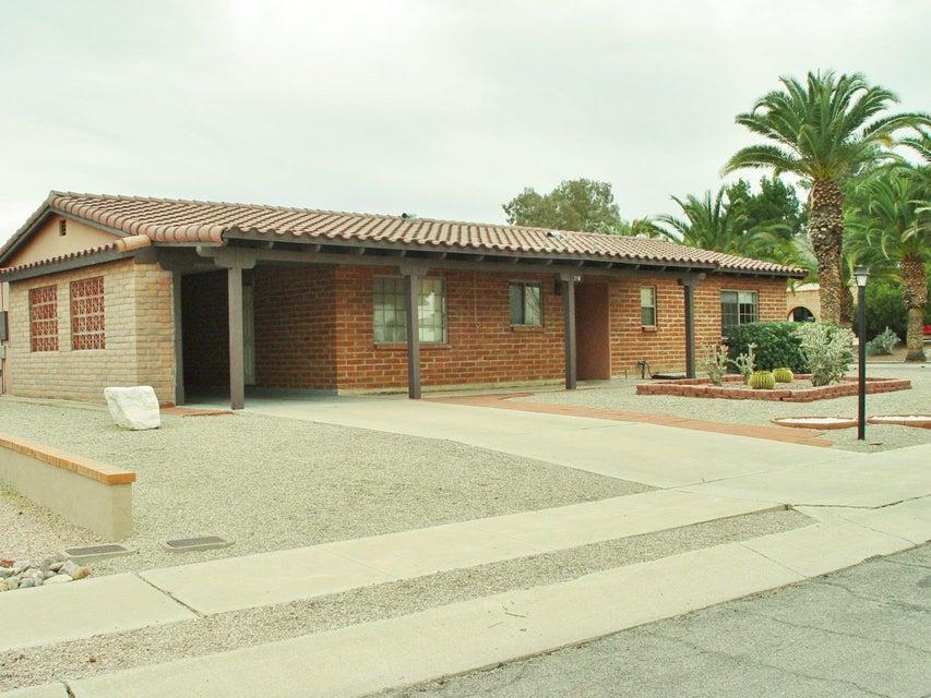 218 E Las Milpas, Green Valley, AZ 85614