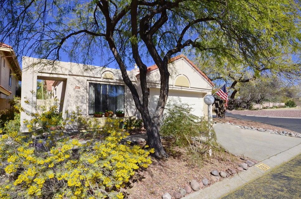 281 E Belcourte Place, Tucson, AZ 85737