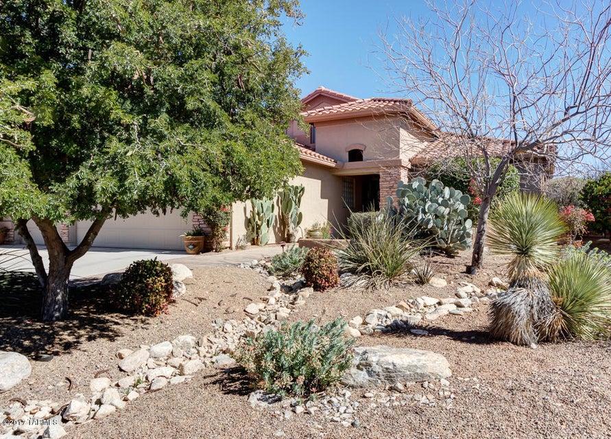 958 N Desert Horizon Drive, Green Valley, AZ 85614