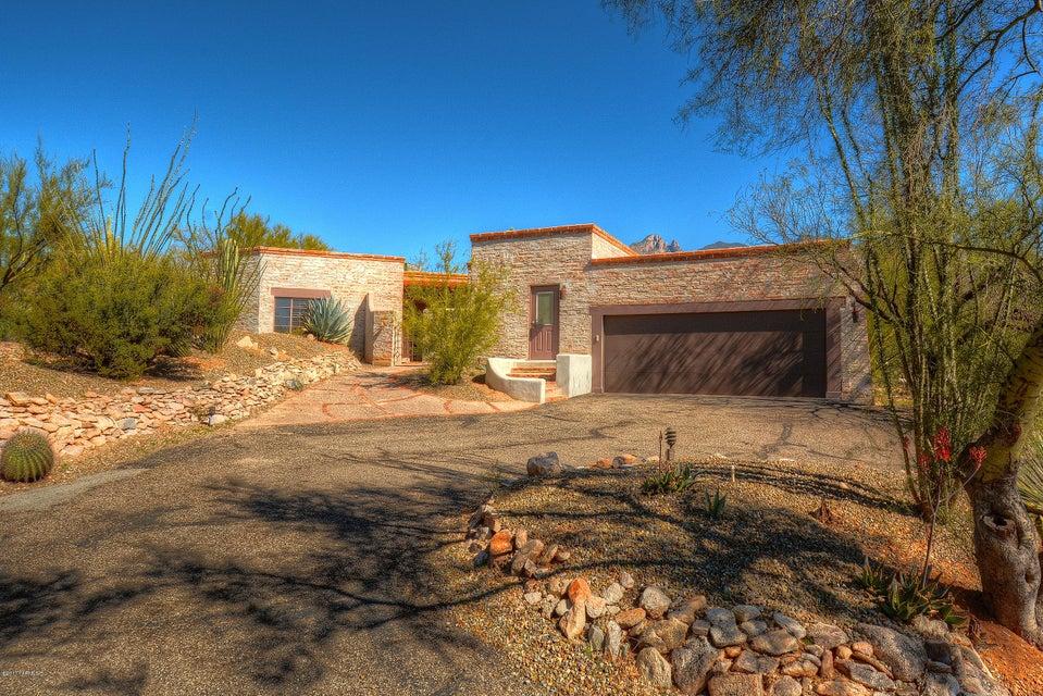 5835 N Vista Valverde, Tucson, AZ 85718