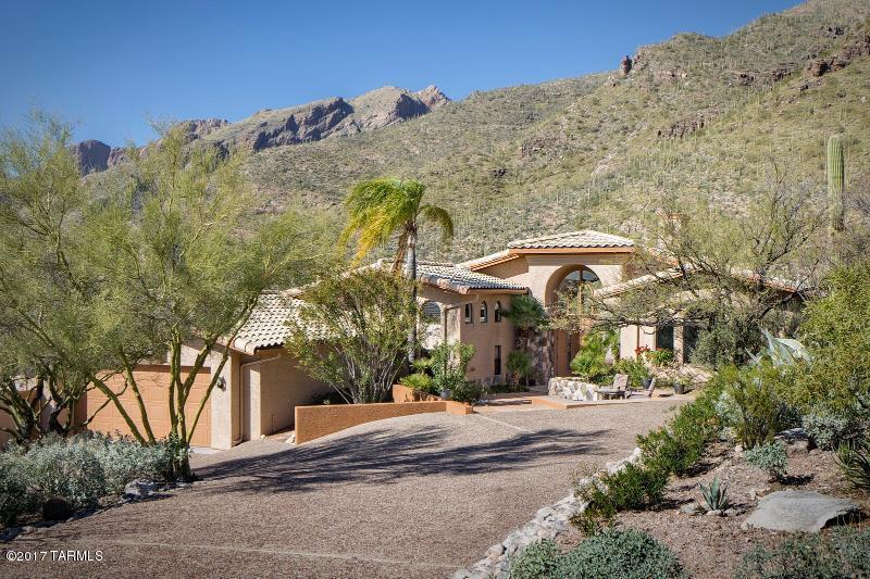 7516 N Camino Sin Vacas, Tucson, AZ 85718