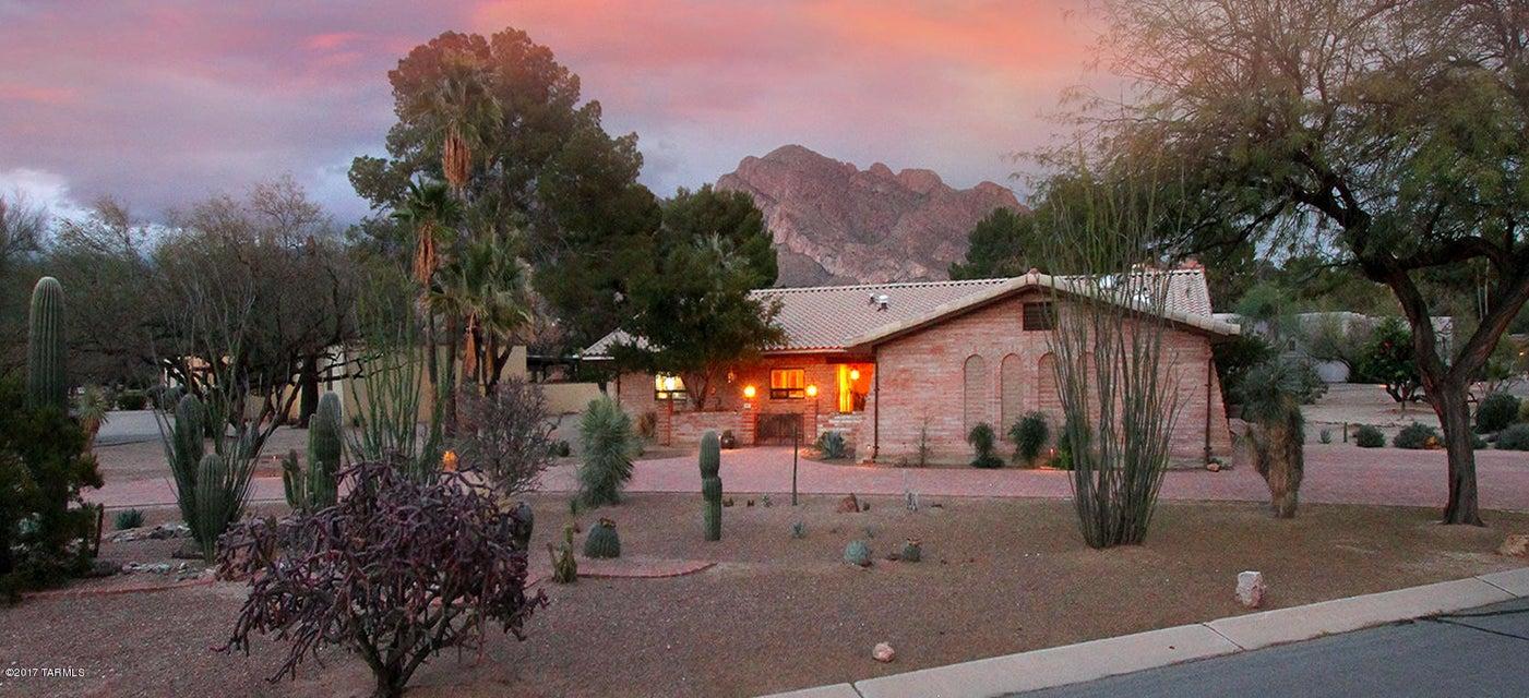 970 W Landoran Lane, Tucson, AZ 85737
