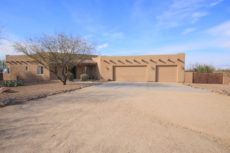 9425 E Barrel Springs Place, Vail, AZ 85641