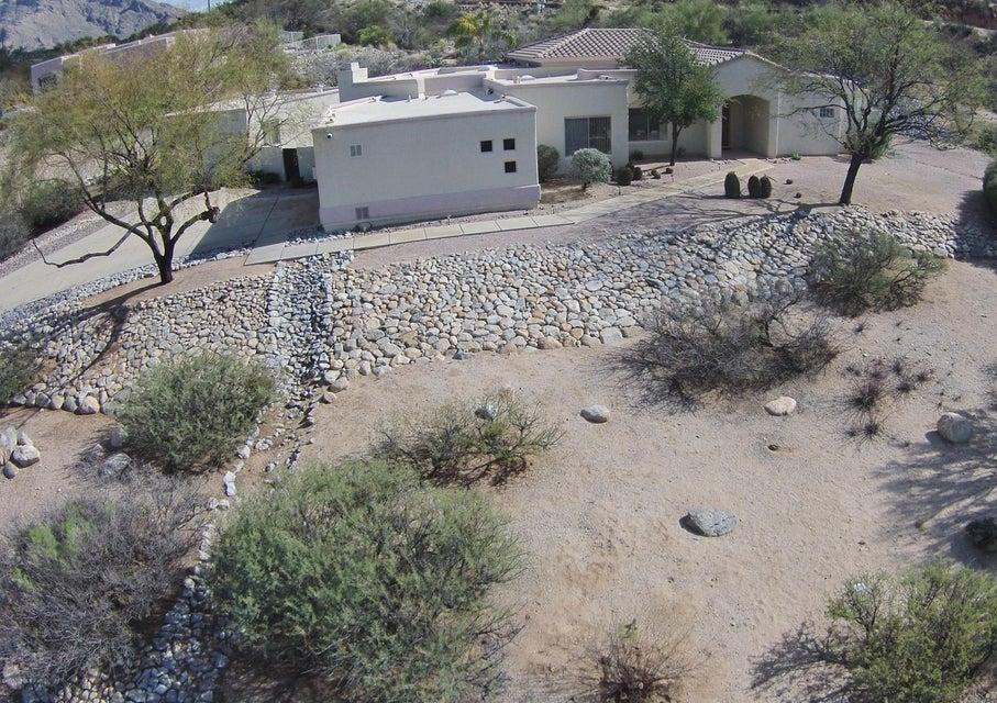 1121 W Saddlehorn Place, Oro Valley, AZ 85704