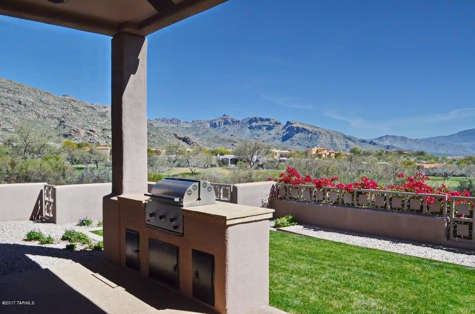 6586 E Ventana Crest Place, Tucson, AZ 85750