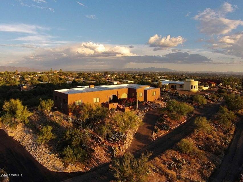 6050 N Camino Esquina, Tucson, AZ 85718