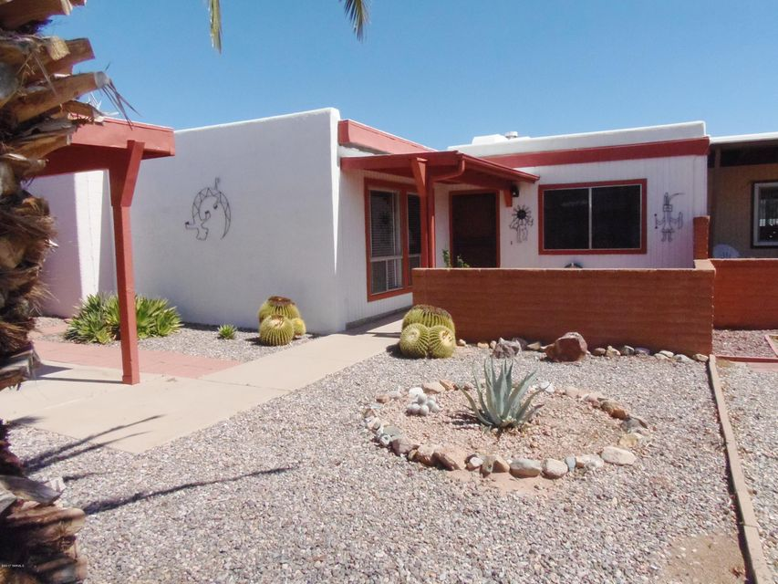 380 N Calle Del Brujo, Green Valley, AZ 85614