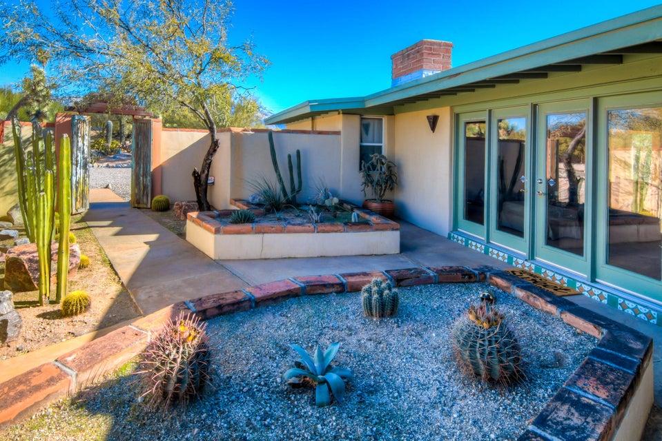 1013 W Los Alamos Street, Tucson, AZ 85704