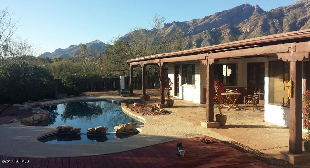 4960 E Camino la Brinca, Tucson, AZ 85718