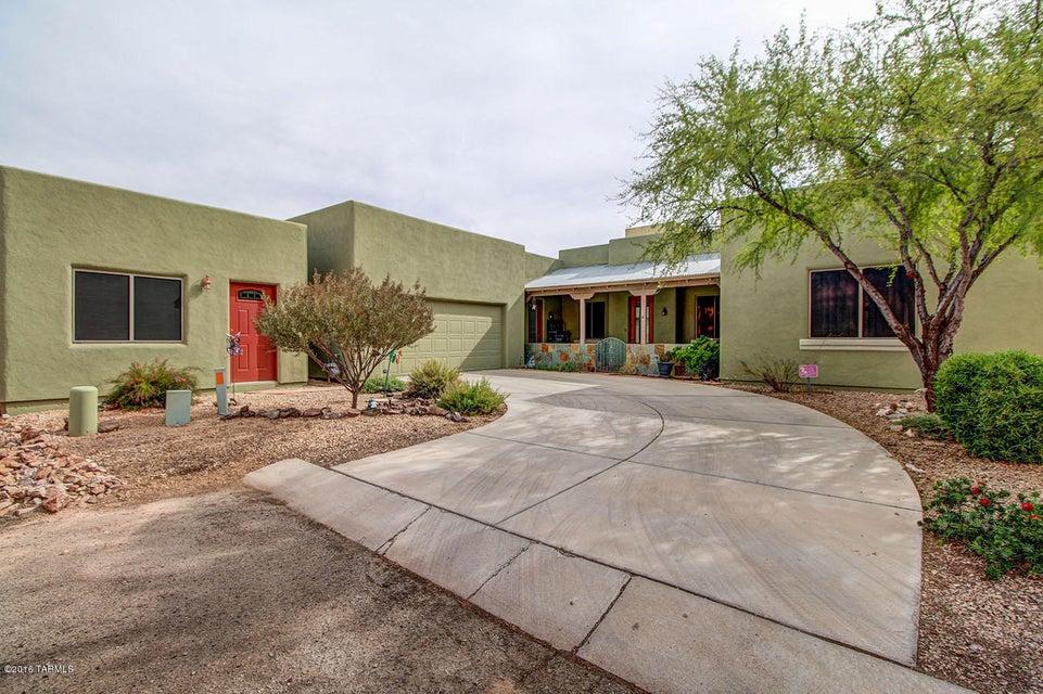 10556 E Karen Gannon, Tucson, AZ 85747