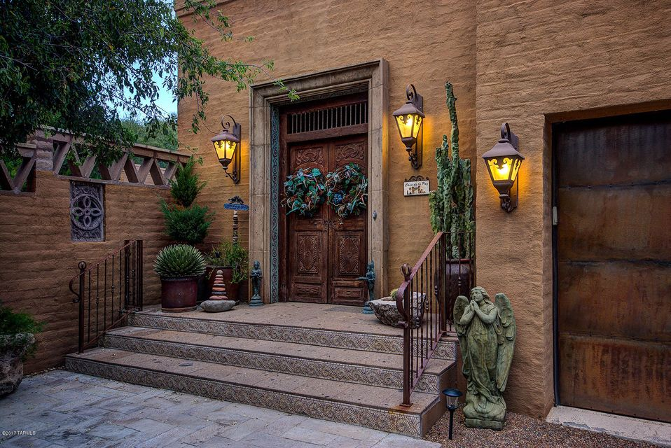 137 Bridge Road, Tubac, AZ 85646