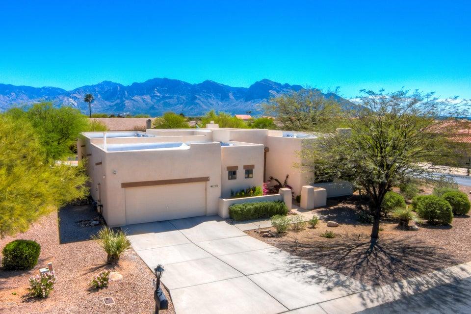 11254 N Meadow Sage Drive, Oro Valley, AZ 85737