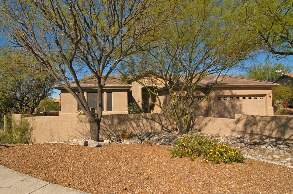 11625 N Desert Holly Drive, Oro Valley, AZ 85737