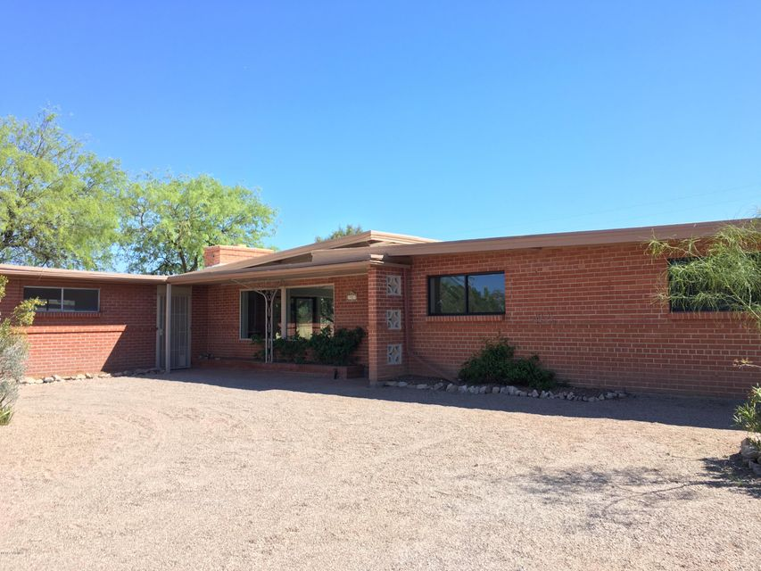 1921 W Calle Campana De Plata, Tucson, AZ 85745