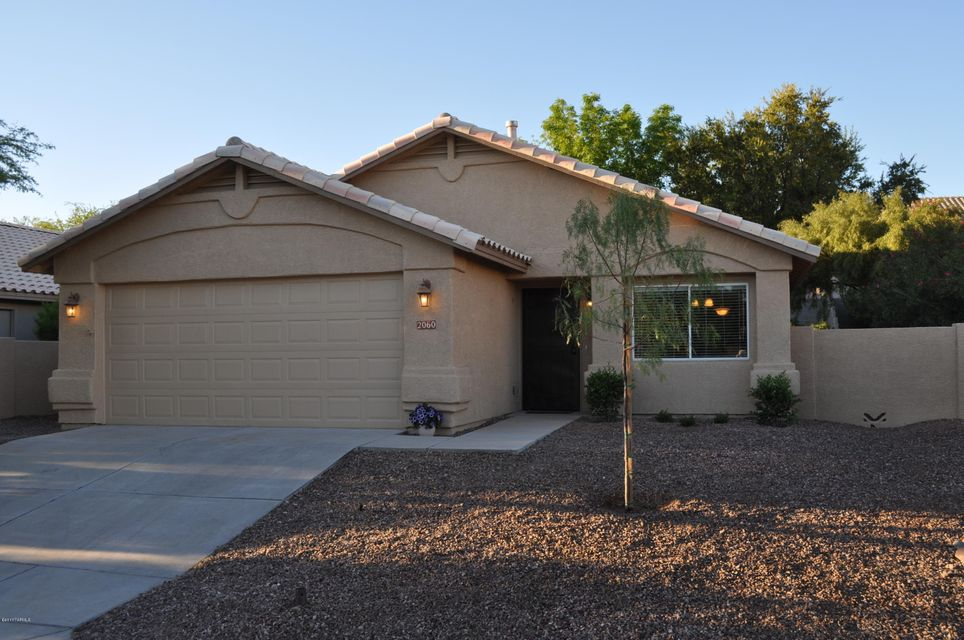 2060 W Double Eagle Drive, Tucson, AZ 85737