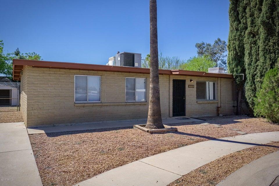 6660 E Hawk Drive, Tucson, AZ 85730