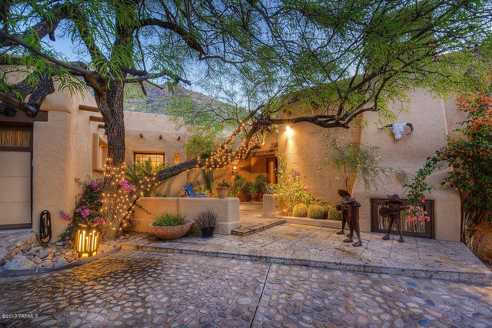 7035 N Mission Hill Lane, Tucson, AZ 85718