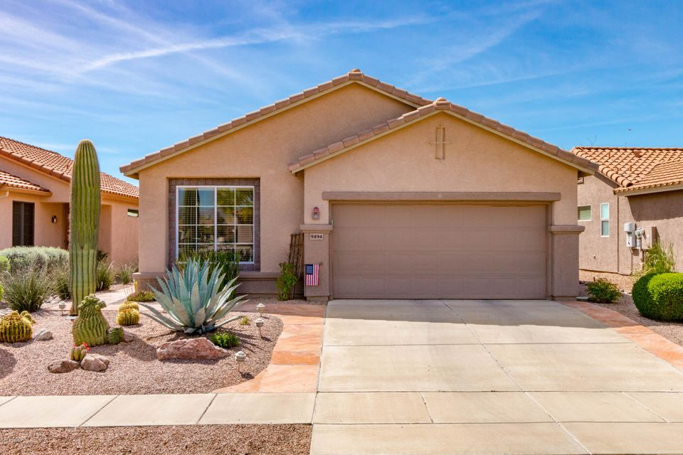 9494 N Twinkling Shadows Way, Tucson, AZ 85743