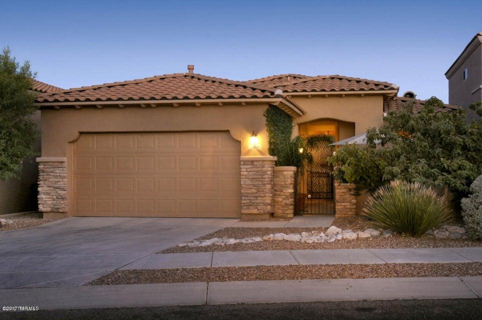 5955 N Campo Abierto, Tucson, AZ 85718