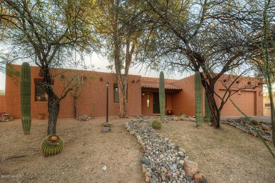 4221 E Pontatoc Drive, Tucson, AZ 85718