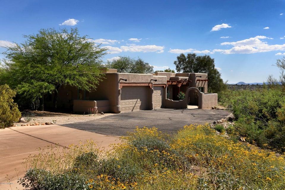1105 W Moonlit Place, Oro Valley, AZ 85737