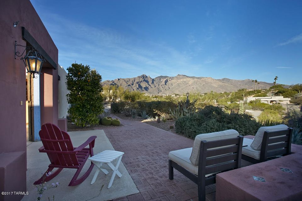 5565 N Via Elena, Tucson, AZ 85718