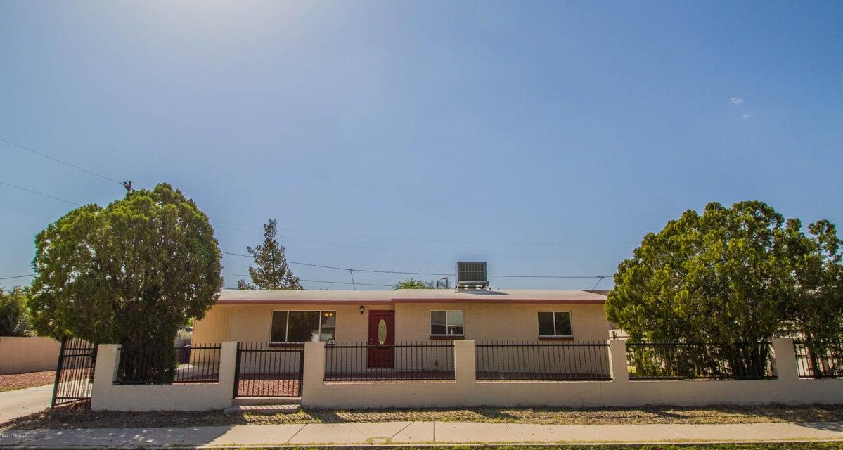 2115 N Avenida El Capitan, Tucson, AZ 85705