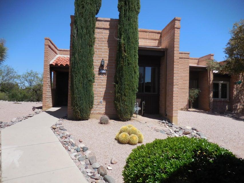 1284 W Desert Hills Drive, Green Valley, AZ 85622