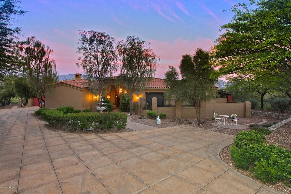 14564 N Quiet Rain Drive, Oro Valley, AZ 85755