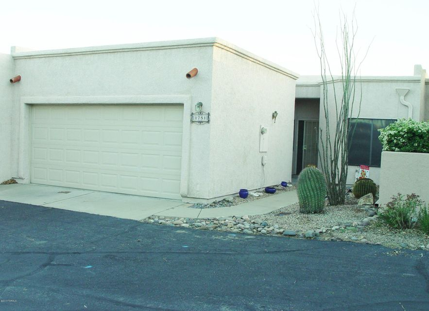 1751 N Rio Yaqui, Green Valley, AZ 85614