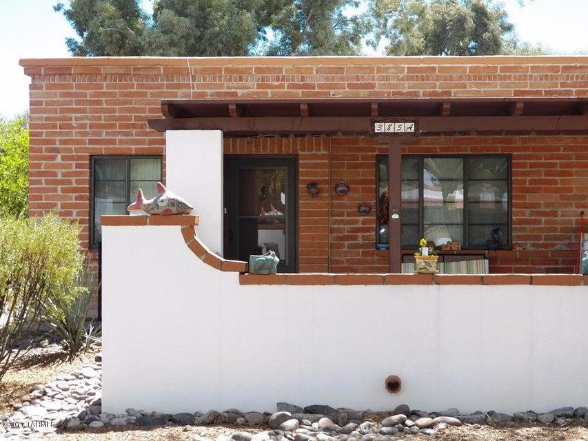 385 W Camino Penasco A, Green Valley, AZ 85614
