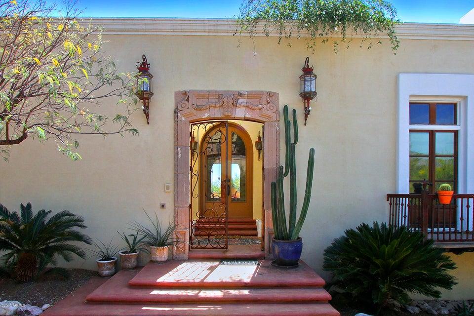 5330 N Via Alcalde, Tucson, AZ 85718
