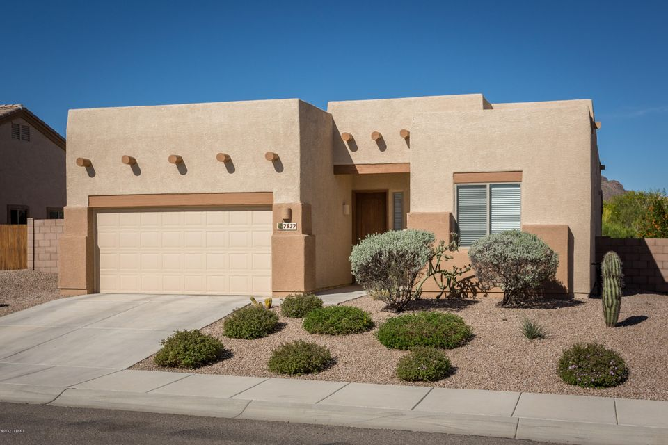 7837 N Box Camp Place, Tucson, AZ 85743