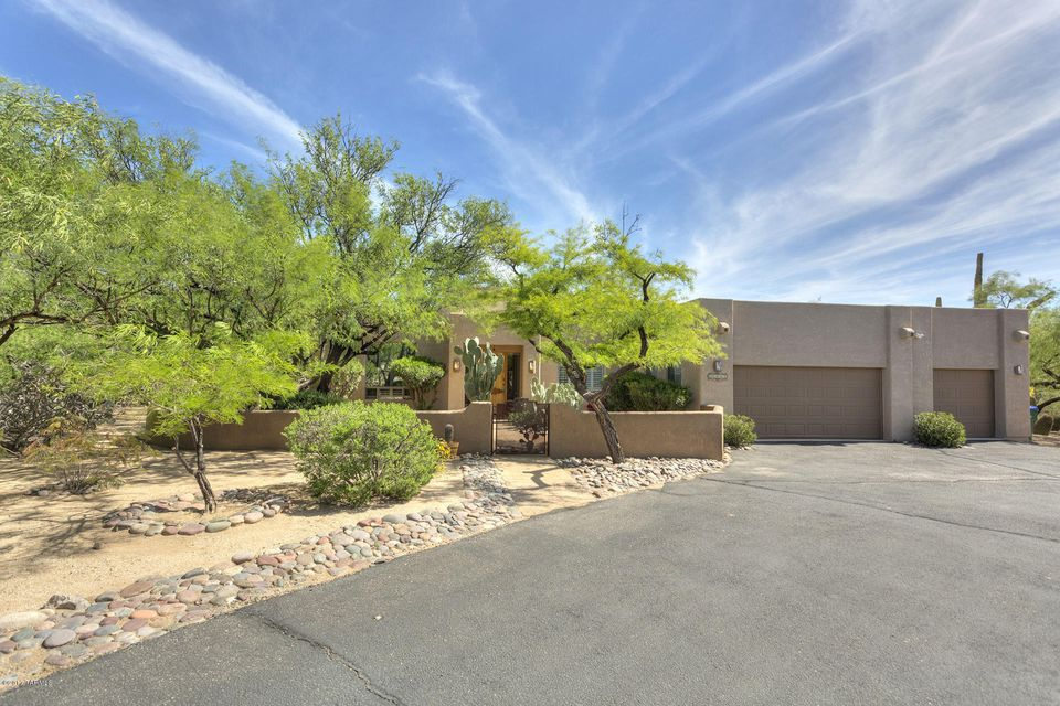 11555 E Sonoran Moon Place, Tucson, AZ 85749