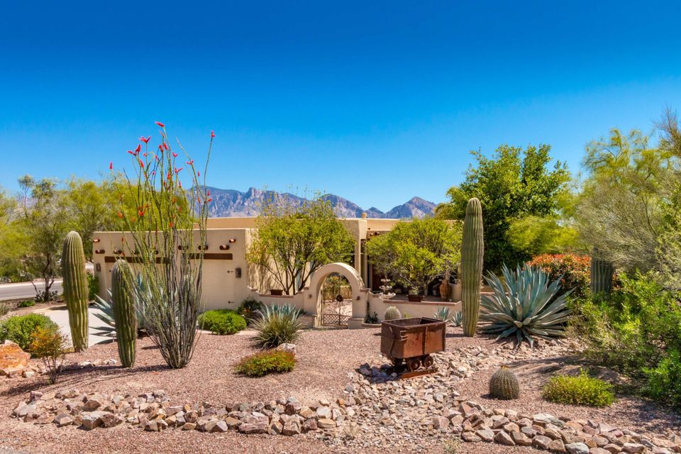 967 W Lightning Song Place, Oro Valley, AZ 85755